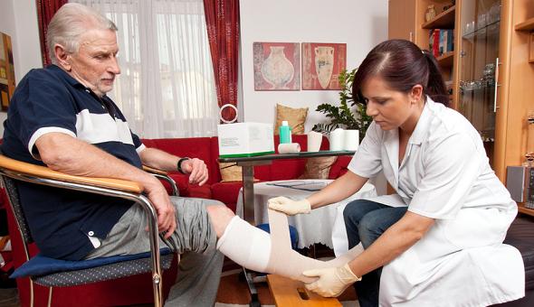 Das diabetische Fußsyndrom kann schwerwiegende Folgen haben.