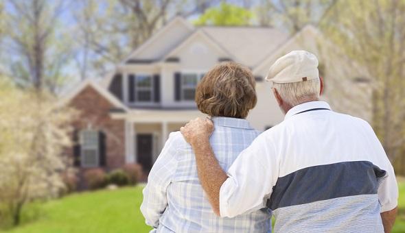 Um die Kosten für die eigene Pflege tragen zu können, kommt für viele Immobilienbesitzer der Verkauf ihres Objekts infrage