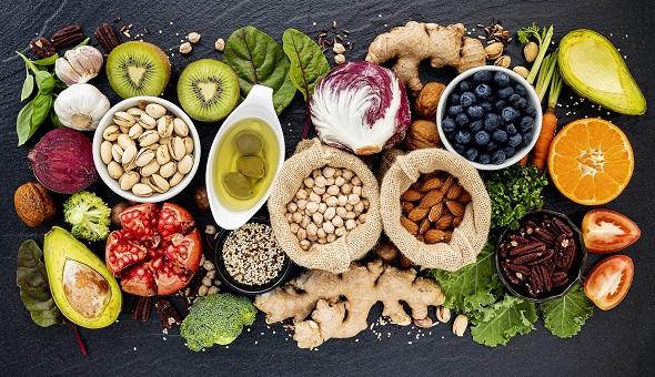 Lebensmittel für eine gesunde und ausgewogene Ernährung